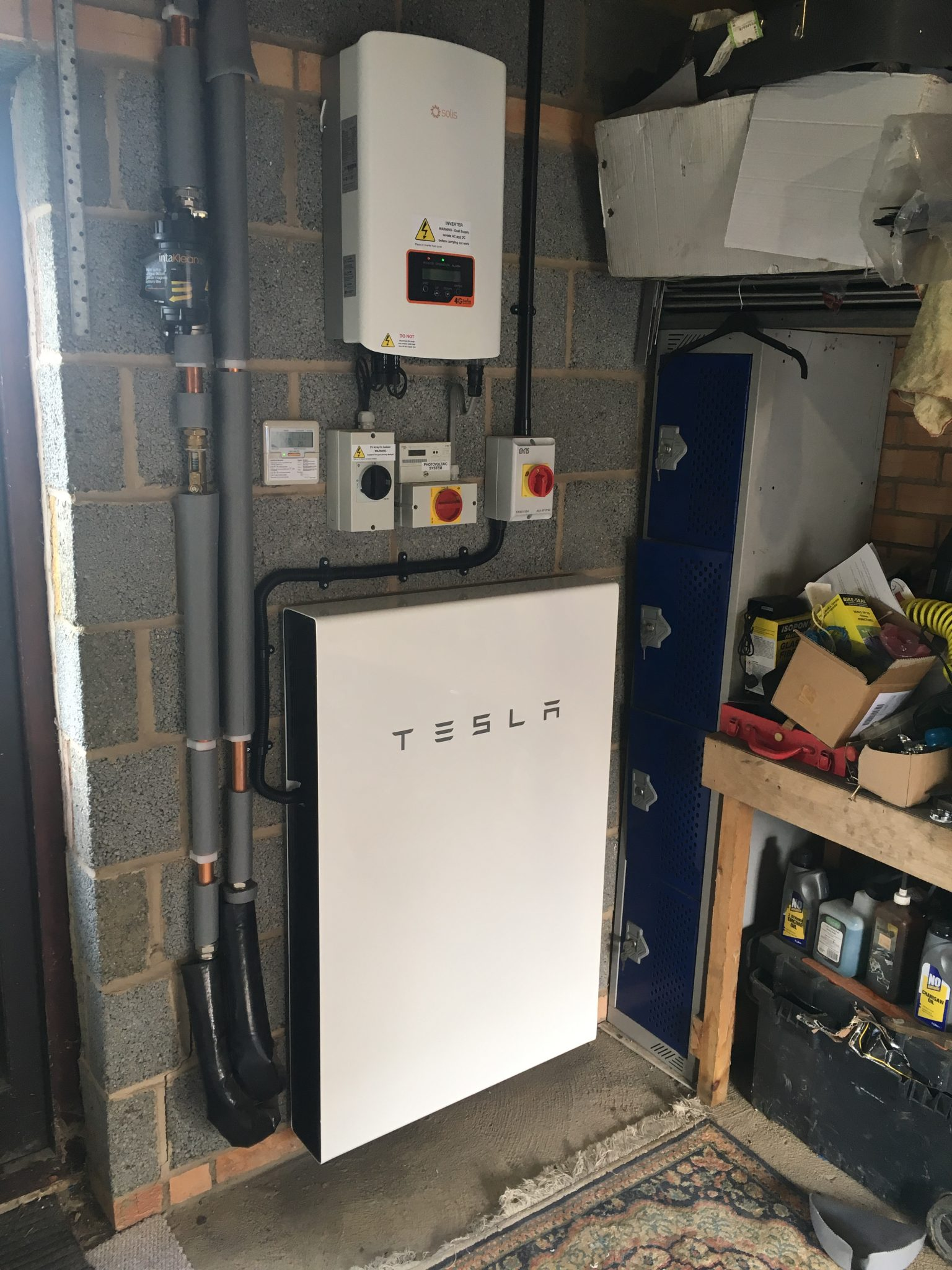 Air Source Heat Pump, Solar PV & Battery Storage – Folkingham